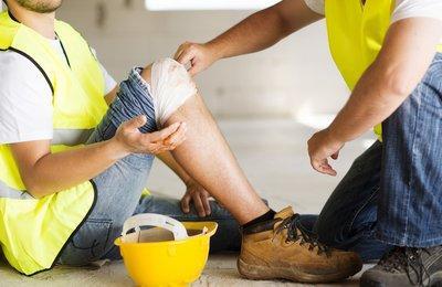 Действия работодателя при несчастном случае на производстве в 2019 году